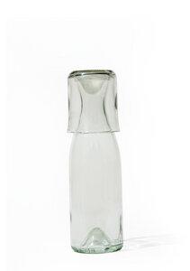 Upcycling Glaskaraffe aus Burgunderflasche mit Becher - SAMESAME