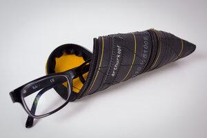 Brillenetui aus Fahrradschlauch - ARTHURKOPF