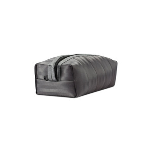 Kamperfuli Pouch vegane Tasche aus recycelten Sitzgurten - Paguro Upcycle