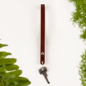 Schlüsselanhänger lang aus vegetabil gegerbtem Leder - DUKTA
