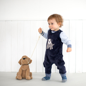 "Strampler dunkelblau Nicki mit Applikation ""Hund"" aus Bio-Baumwolle - People Wear Organic"