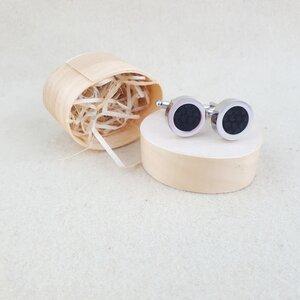 Elegante Manschettenknöpfe aus Edelstahl mit Lederinlay  - Süßstoff