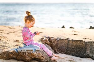 """Pyjama aus Bio-Baumwolle """"Buckelwale"""" Rosa OceanBluu - OceanBluu"""