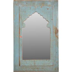 Spiegel in alten Türen - Trademark Living