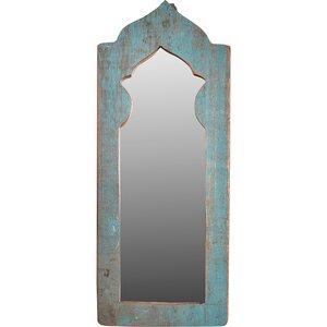 Spiegel in alten Türen lang - -