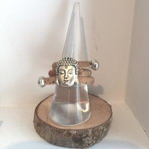 Buddha - Korkring Natur mit silber Charms. Größen verstellbar - Living in Kork