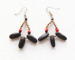 Ohrringe aus Amazonas-Samen - Asociación Quijos Mushu Causai