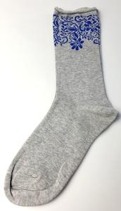 """GOTS zertifizierte Biobaumwolle Socken mit """" Blumen """" Print in Grau - VNS Organic Socks"""