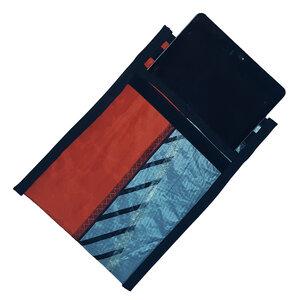 UNIKAT Tablet-Tasche upcycelt aus einem Kitesegel / Segeltuch  - Beachbreak