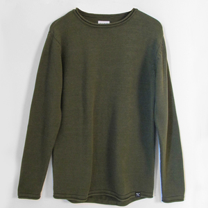 Armee grün und schwarz gestrickter pullover (100% bio baumwolle) - The Driftwood Tales