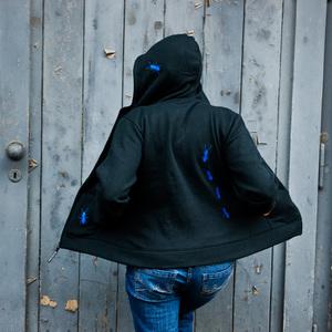 'Ameisen' Frauen-Zip-HOODY aus Bio-Baumwolle - shop handgedruckt