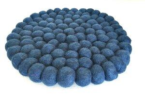 Topf-Untersetzer aus bunten Filzkugeln Ø 20 cm - Sjaal met Verhaal