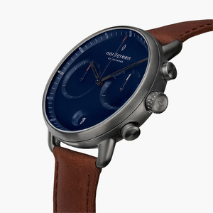 Chronograph Pioneer Anthrazit | Blaues Ziffernblatt - Lederarmband - Nordgreen Copenhagen