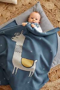 Geschenk Set zur Geburt: Lässig Baydecke Glama Lama und Kuscheltier mit Rassel in blue oder coral - Lässig