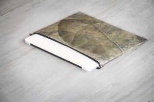 "Laptop Hülle aus Blättern 15"" Zoll/ inch Vegan, MacBook Hülle Metallic - BY COPALA"