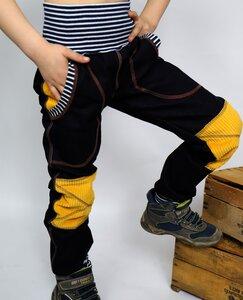 Mitwachs-Jeans schwarz-blau mit Taschen und senffarbenen Cordflicken - Omilich