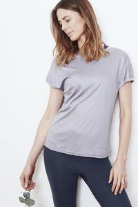 "Damen T-Shirt aus TENCEL ""Four Reasons"" Besonnen Mindful Yoga Fashion - BESONNEN"