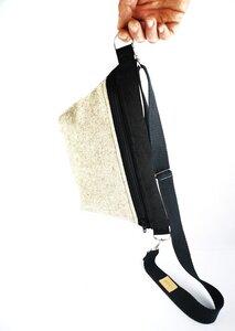 Gürteltasche / Crossbodybag aus  Leder und Filz  - Süßstoff