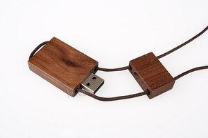 Usb Stick aus Holz, mit Umhängeschlaufe - Vireo