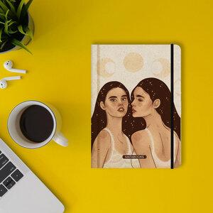 """Nachhaltiges Notizbuch A5 - Nari """"Universe Sisters"""" - Matabooks"""