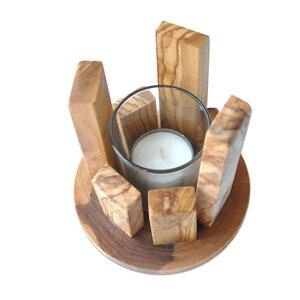 Windlicht OBJEKTA aus Olivenholz mit Teelicht und Glasgefäß - Olivenholz erleben