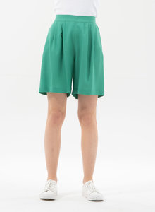 Shorts aus Tencel mit Bundfalten - ORGANICATION