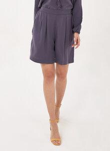 Shorts aus Tencel mit Bundfalten - ORGANICATION