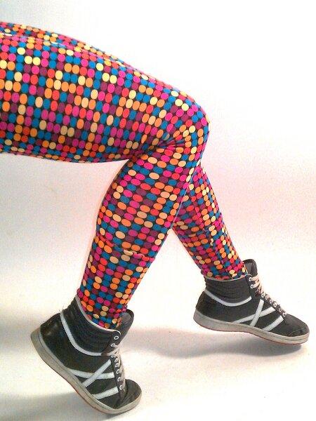frija omina bio leggings bunte punkte avocadostore. Black Bedroom Furniture Sets. Home Design Ideas