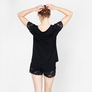 nora - schlafshirt mit spitze aus recycelten garnen - erlich textil