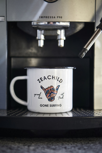 Traveller Coffeemug / Emaille Becher - Zeachild