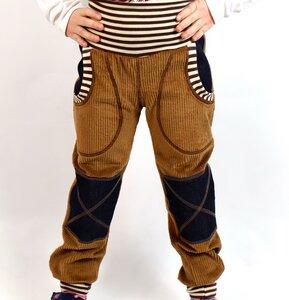 Mitwachs-Breitcordhose hellbraun mit Taschen und Jeansflicken - Omilich