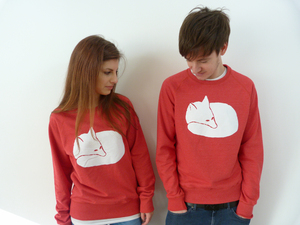Fuchs Unisex Sweater RED Recyclet / Bio FAIR WEAR  - ilovemixtapes