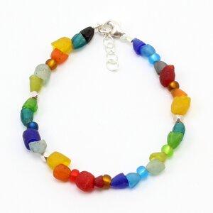"""Armband """"Hippie"""", Krobo-Recyclingglas, Rocailles, versilberte Perlen - steinfarben"""