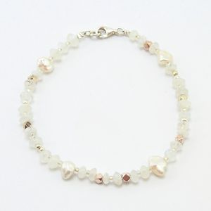 "Armband ""Lili"", Fair-Trade-Labradorit, Silber- und Keshi-Perlen - steinfarben"