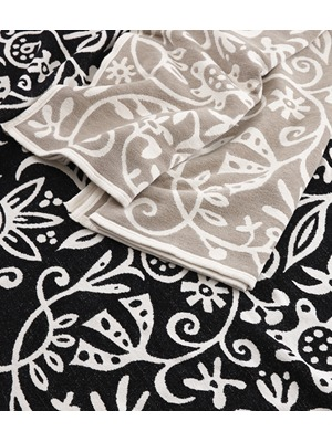 klippan biobaumwoll chenille decke flowers avocadostore. Black Bedroom Furniture Sets. Home Design Ideas
