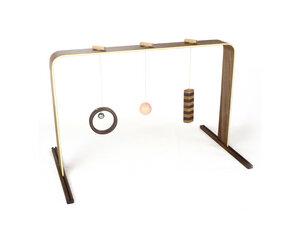 Spielbogen Babytrainer aus Nussbaumholz - feelwoodfurniture