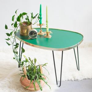 Ovaler Couchtisch mit Hairpin Legs - Mighty Home