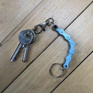 Schlüsselanhänger aus recycelten Fahrradkettengliedern - Paguro Upcycle