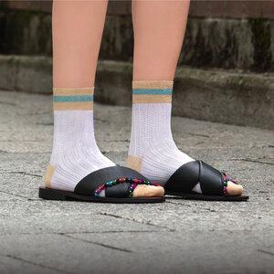 """Socken aus sommerlicher Viskose """"Amazing Rosi"""" in 7 Farben - Too Hot To Hide"""
