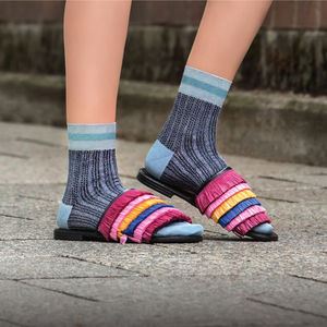 "Socken aus sommerlicher Viskose ""Amazing Rosi"" in 7 Farben - Too Hot To Hide"