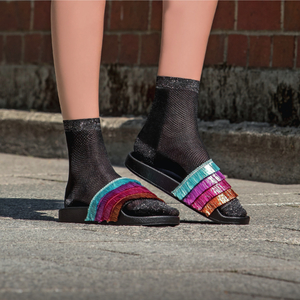 "Socken aus leichter Viskose ""Charming Latisha"" in 7 Farben - Too Hot To Hide"