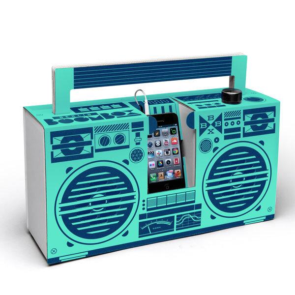 ghettoblaster aus pappe berlin boombox in mint von. Black Bedroom Furniture Sets. Home Design Ideas