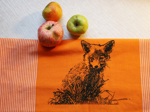 "Bio-Fair-Trade-Geschirrtuch ""Junger Fuchs"" orange - Hirschkind"