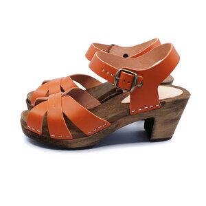BLOMMA - schwedische Holz Clogs Sandale von me&myclogs - high mid heel  - me&myClogs