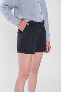 """Feine Shorts mit Bundfalten aus 70% Tencel & 30% Polyester """"SHORTY"""" - STORY OF MINE"""