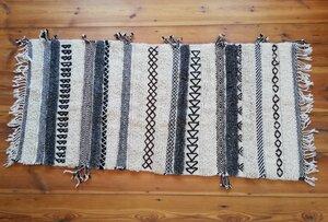 Handgewebter Berber Teppich. Unikat - LaMalve