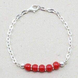 """Armband """"Fine"""", Fair-Trade-Silberkette und -Glasperlen - steinfarben"""