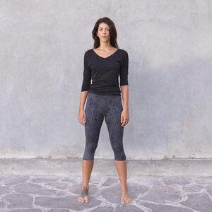 ROMY - Damen - 3/4 Shirt für Yoga und Freizeit aus Biobaumwolle - rückenfrei - Schwarz - Jaya
