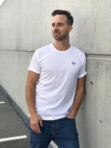 "Basic T-Shirt ""Logo Tee"" Männer, aus Bio-Baumwolle weiß - eisbörg"