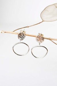 Silber Ohrringe - Textured Disc Drop Studs - aus recyceltem 925 Silber - Wild Fawn Jewellery